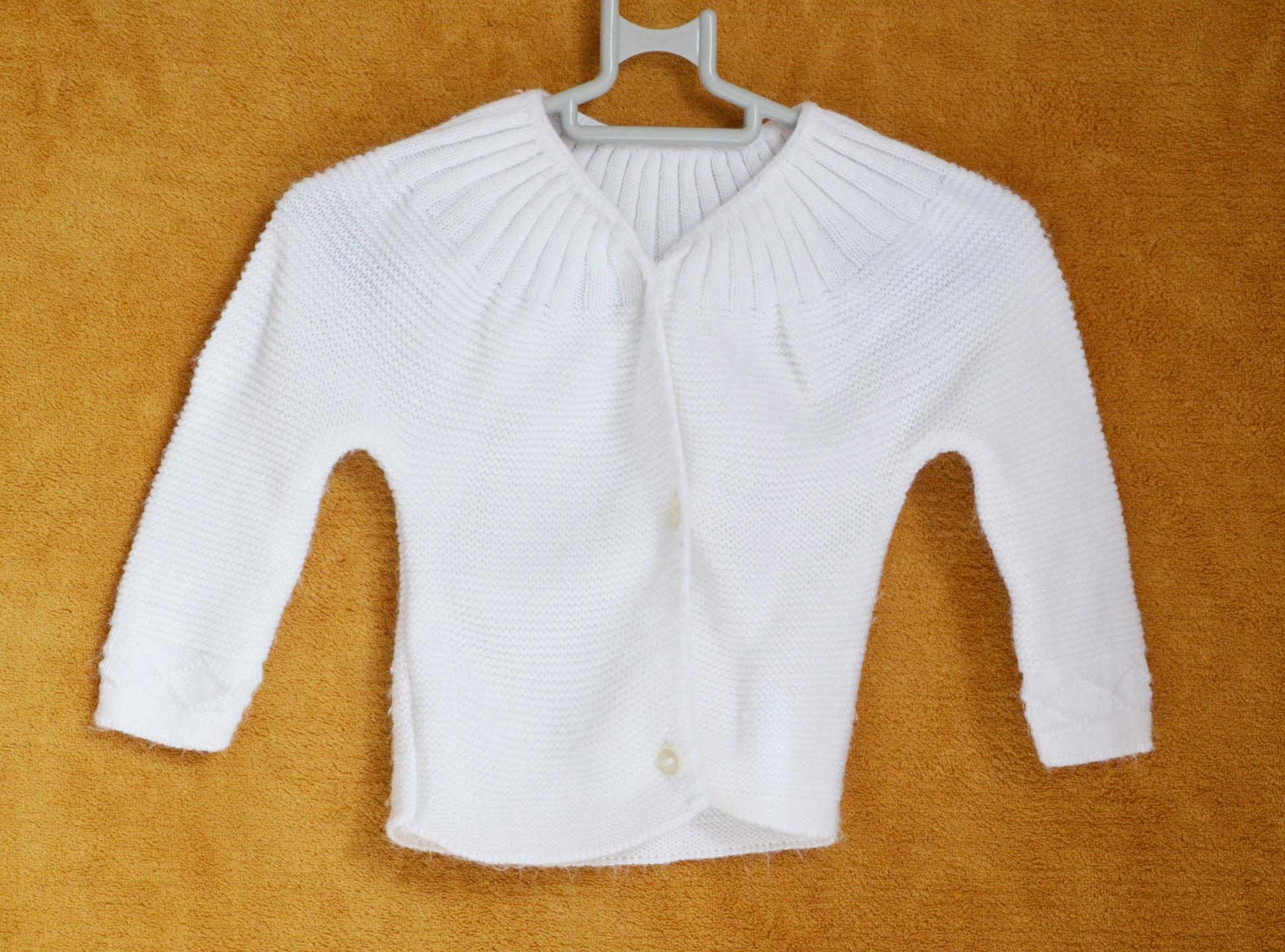 Pull Blanc - Naissance